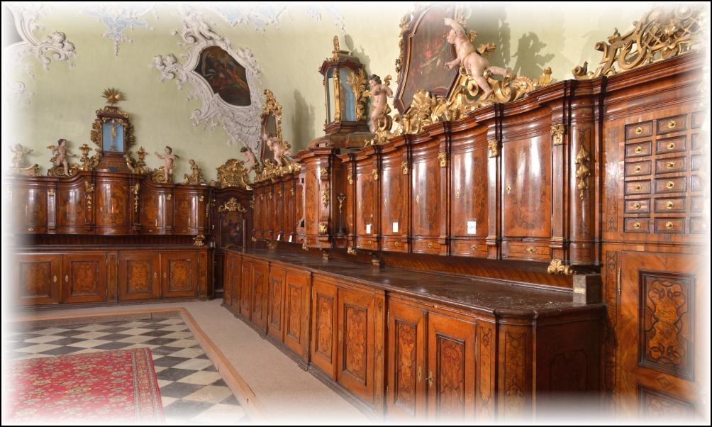 Mobiliář z poloviny 18. století slouží v kostele Nanebevzetí Panny Marie v Brně v téměř nezměněné podobě dodnes.