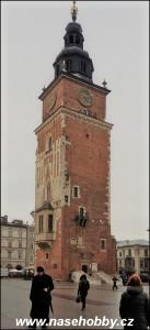Zbyla jen majestátní věž. Válka za to výjimečně nemůže. Krakovskou radnici dala zbourat městská rada.